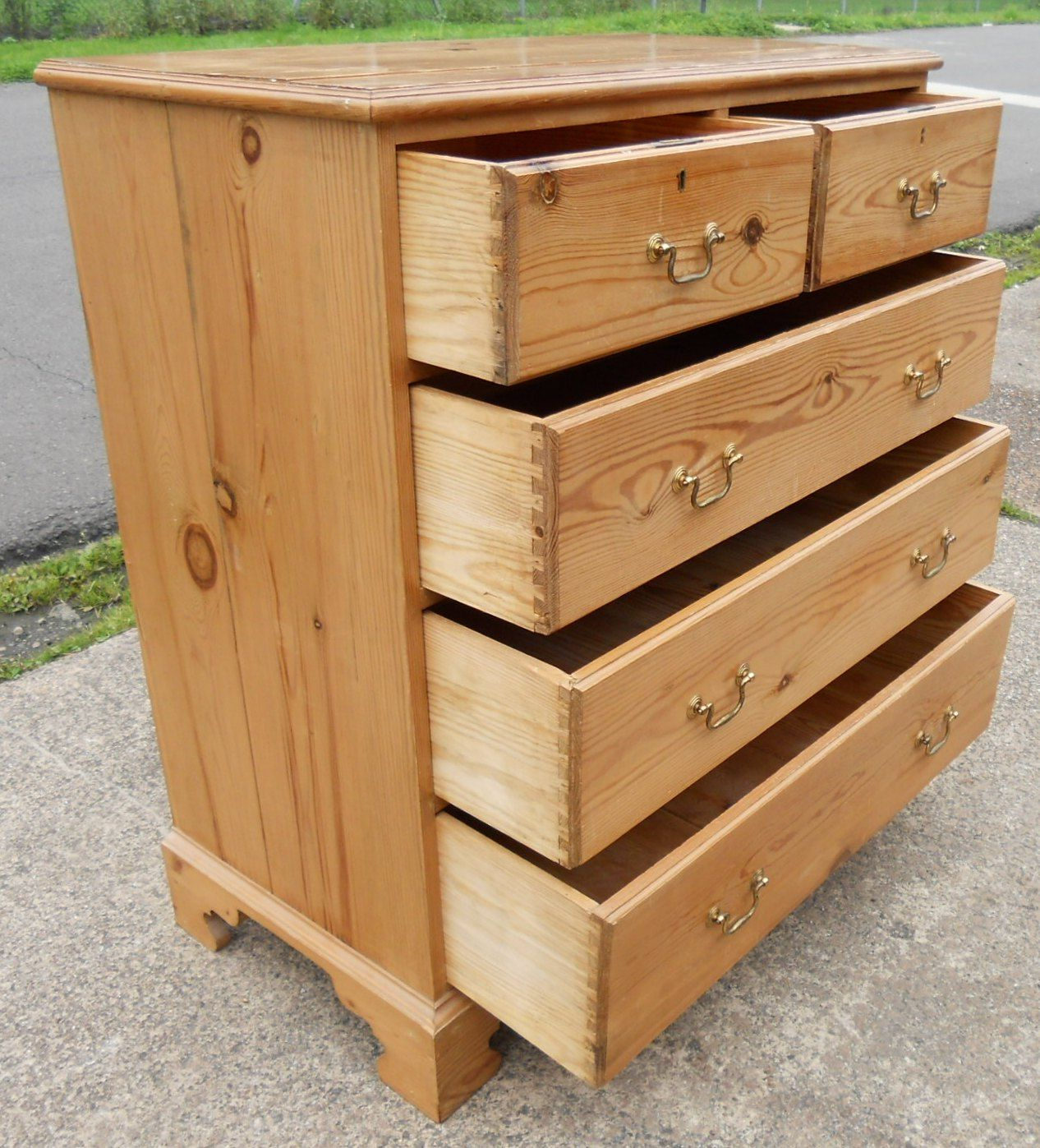 Pine Chest Of Drawers ~ Sold pine chest of drawers in antique georgian style